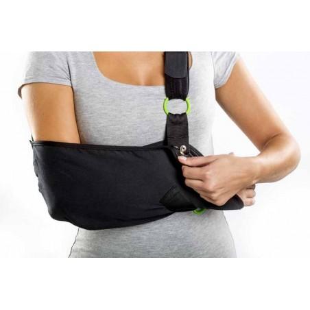 Echarpe Confort - Le gilet de soutien peut être porté à gauche comme à droite selon vos besoins.